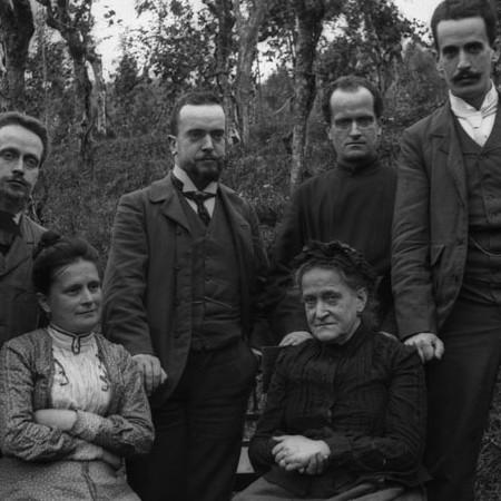 Gruppo di famiglia a Casa degli Orti 1904