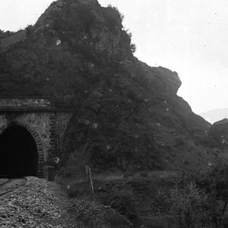 Galleria ferroviaria sotto il Grontone